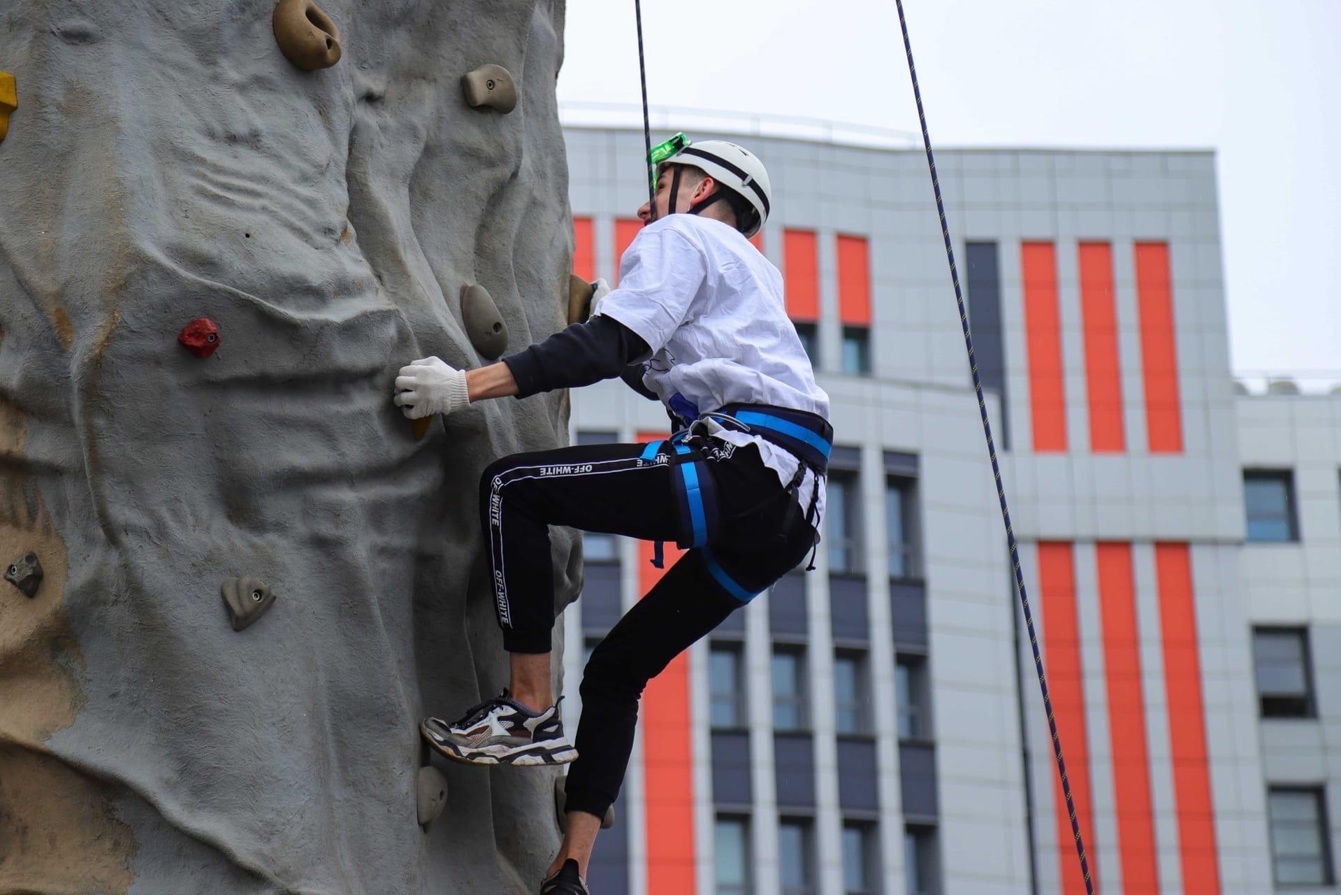 В Химках прошли районные соревнования «Юный спасатель»
