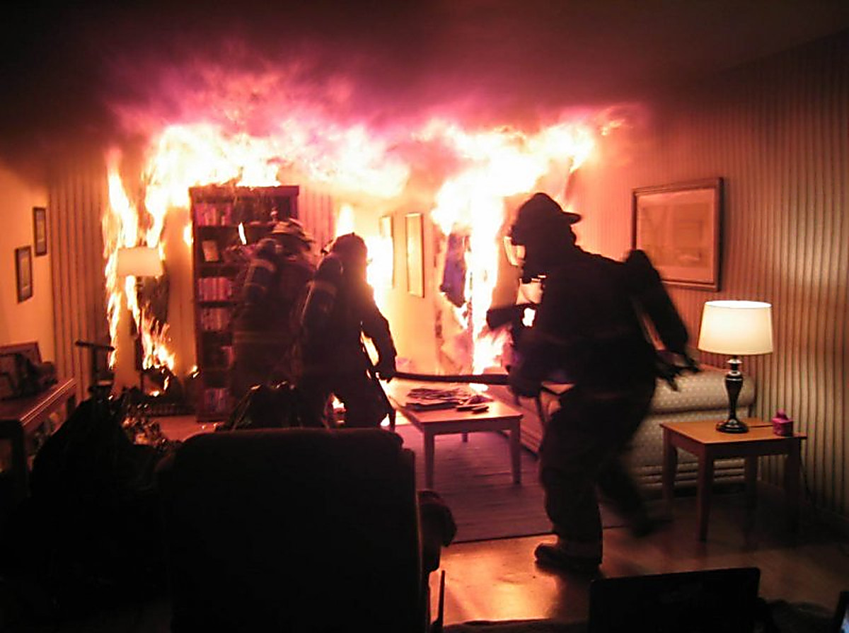Пожар в квартире в городском округе Ленинский