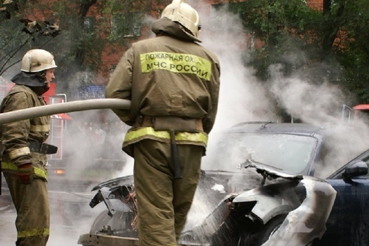 Возгорание транспортного средства в городском округе Королев