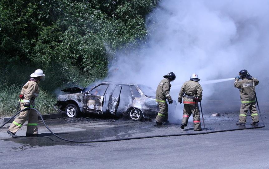 Возгорание транспортного средства в городском округе Ивантеевка