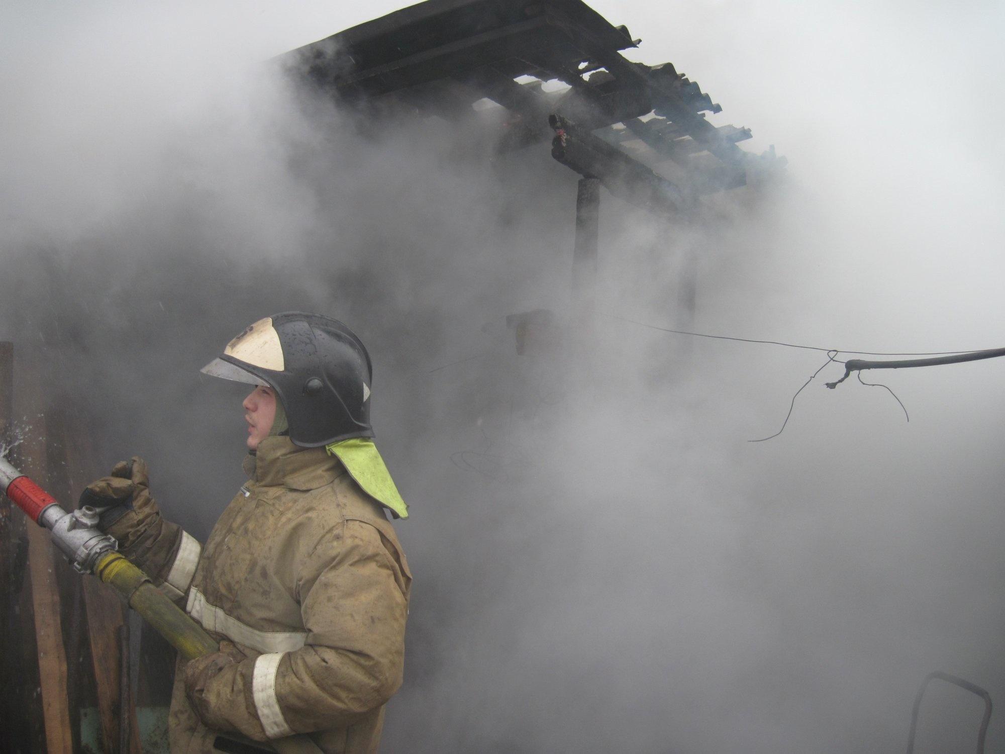 Пожар в нежилом здании в городском округе Руза