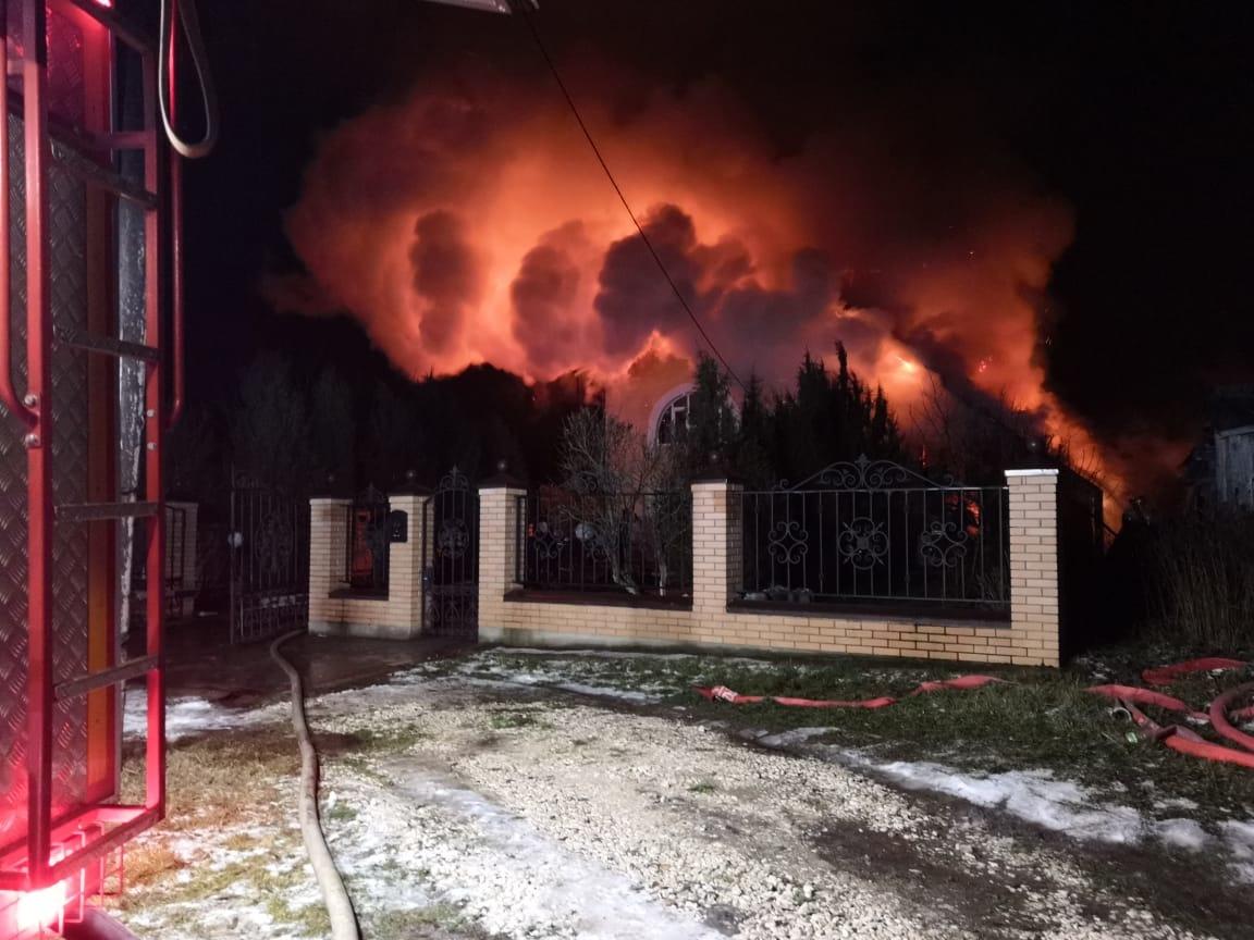 Пожар в нежилом здании в городском округе Домодедово