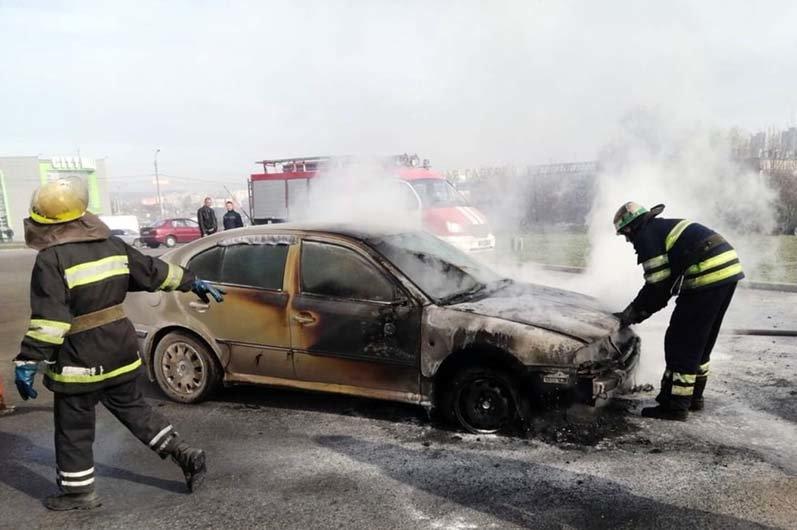 Возгорание транспортного средства в городском округе Балашиха