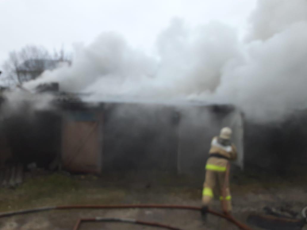 Пожар в хозяйственной постройке в городском округе Волоколамск
