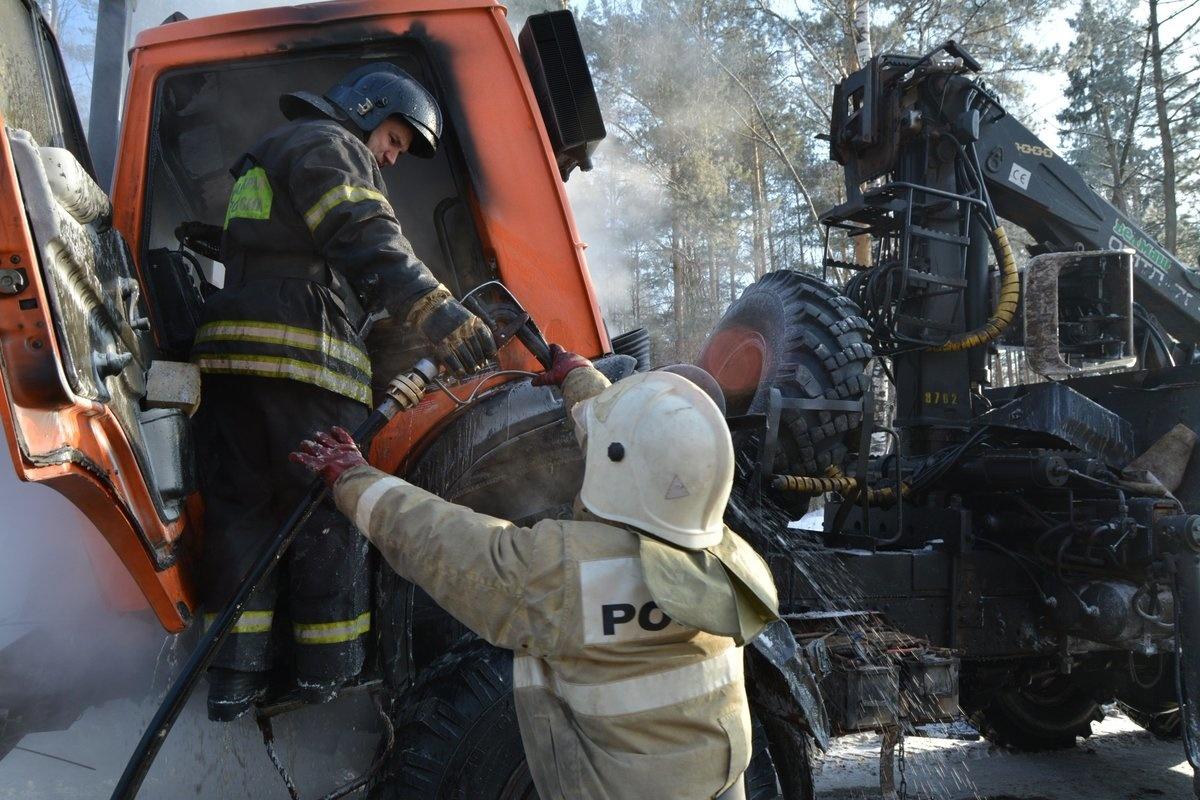 Возгорание транспортного средства в городском округе Луховицы